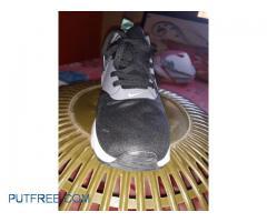 Nike Tawash