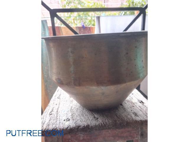 Brass vessel 40 yrs old. Solid.