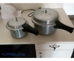 Two cooker in good condition