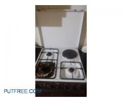 INDESIT (ITALIAN) OVEN, 3 BURNERS AND HOT PLATE