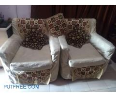 Sofa set in well condition
