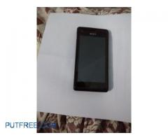 Sony Experia M with battery and charger