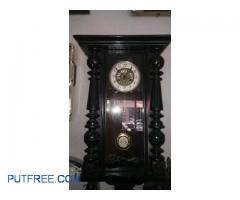 British Indian clock