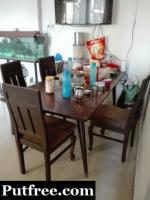 6 seater Dining table of teakwood with 4 chairs