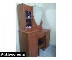 Heart shaped dressing table