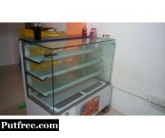Professional Quality Refrigerated Display Counter for Sale in new condition