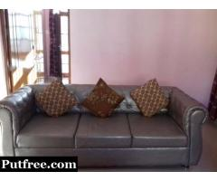 7 seater sofa set with center table