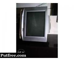 Perfect condition CRT with woofer