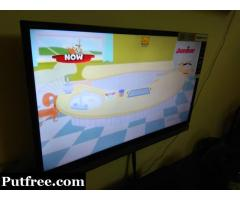 32Inch (81CMS) TOSHIBA LED TV(P2305) + TATA SKY DTH CONNECTION-- FOR SALE
