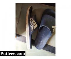 Adidas flipflops