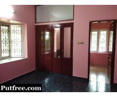 2 BHK with balcony [For family only] close to Railway Stn, Bakery Jn, Women's College