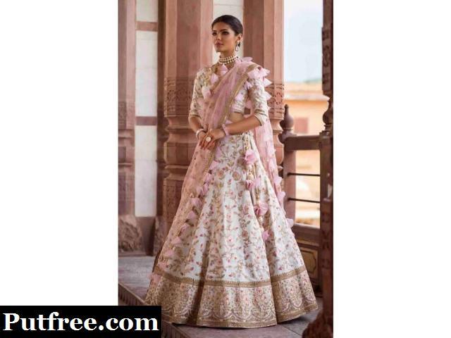 Looking to buy silk lehenga choli at least cost? Visit Mirraw
